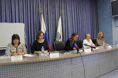 В Саратове подвели итоги ЕГЭ в 2018 году и обсудили подготовку к ЕГЭ -2019