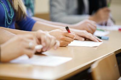 Старшеклассники области написали региональные проверочные работы по математике