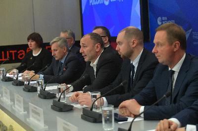 Около 1400 школ из 14 регионов России осенью 2019 года пройдут оценку по стандартам PISA