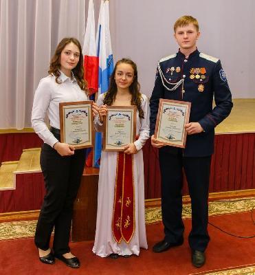 Учеником года – 2018 стала 11-классница Лицея № 15 г. Саратова Элла Гюрджян