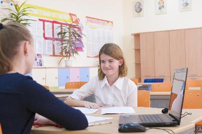 Рособрнадзор: «Итоговое собеседование по русскому языку успешно сдали более 98% девятиклассников»